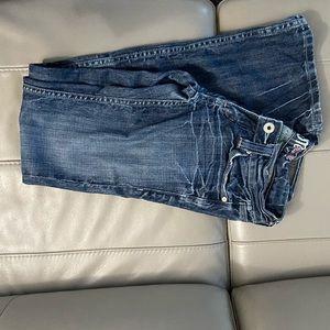 Miss me jean size 25